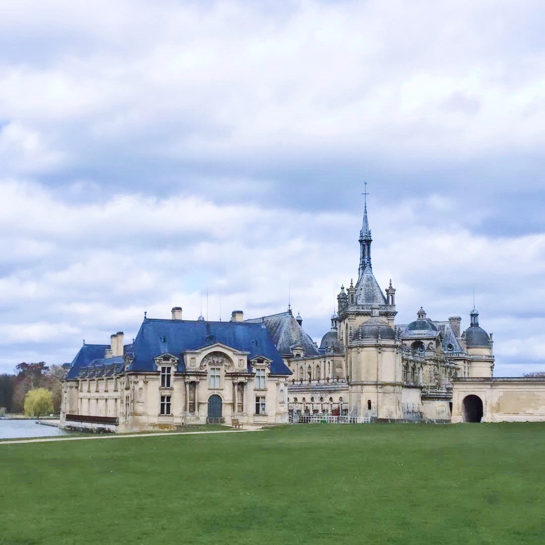 Châteaux Outside of Paris
