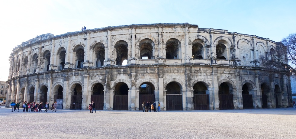 Guide to the Best Things to Do in Nîmes, France